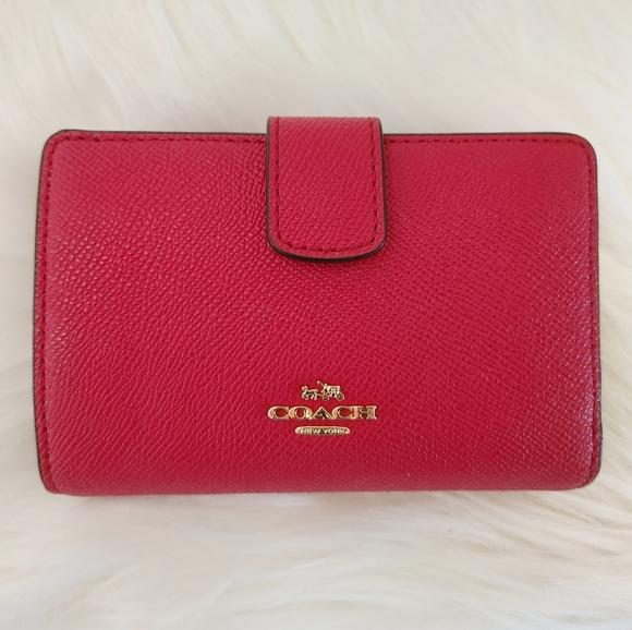 Coach Medium Corner Zip Red Bifold Wallet